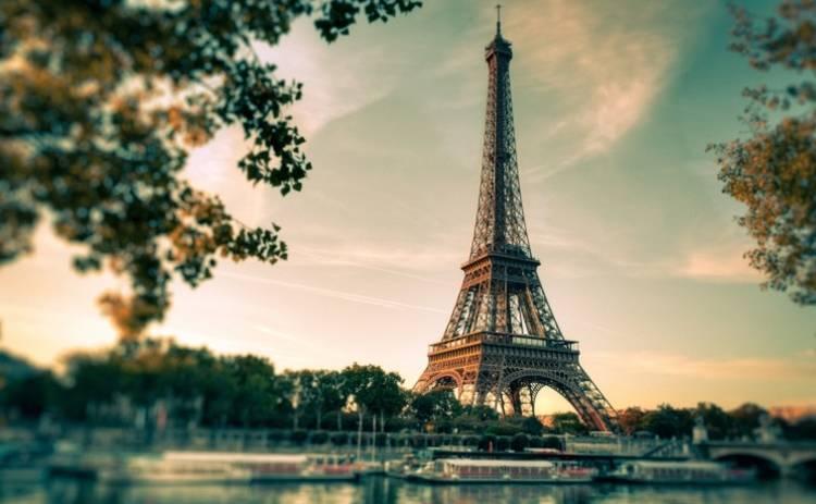 Прогулка с запахом и вкусом Парижа (фото)