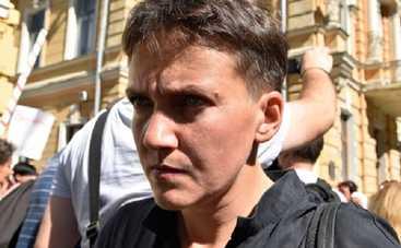 Савченко сделала женам Порошенко и Медведчука предложение