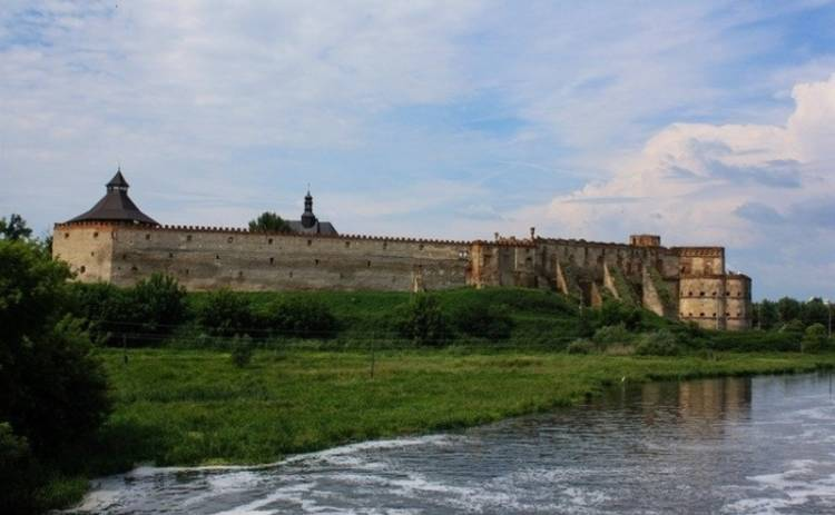 Украина великая: «Белая лебедь» Меджибожа (фото)