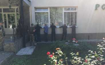 На похоронах «вора в законе» на Донбассе задержали более 100 «авторитетов»