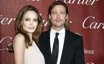 Джоли и Питт скромно отпраздновали годовщину свадьбы