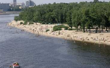 В Киеве запретили плескаться на пяти пляжах (фото)