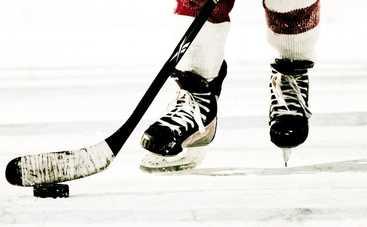 Знаменитый украинский хоккеист повесил коньки на гвоздь