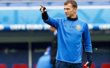 Шевченко определился со своими «правыми руками» на поле