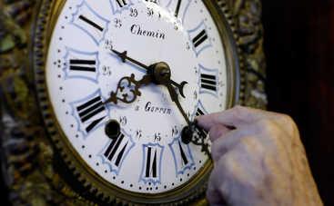 Летнее время в Украине отменять не будут