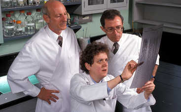 Ученые раскрыли секрет постоянной женской тревоги