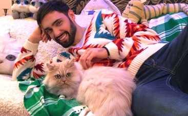 Виталий Козловский: Кошка не хочет ни с кем меня делить