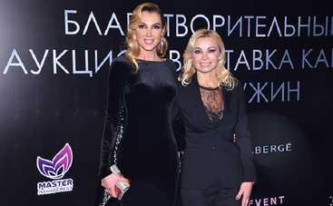 Анна Гомонова собрала 100 тыс. грн для помощи онкобольным детям (фото)