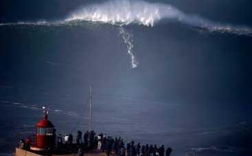 В Атлантическом океане зафиксировали самую высокую в мире морскую волну