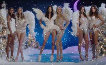 «Ангелы» Victoria's Secret снялись в праздничном видео