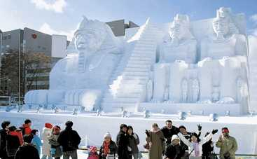 В Китае построили 34-метрового снеговика (видео)