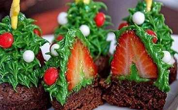 Новогодний десерт с сюрпризом «Лесная красавица» (видео-рецепт)