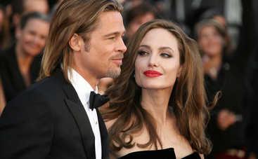 Сын Джоли и Питта собирается обнародовать компромат на отца