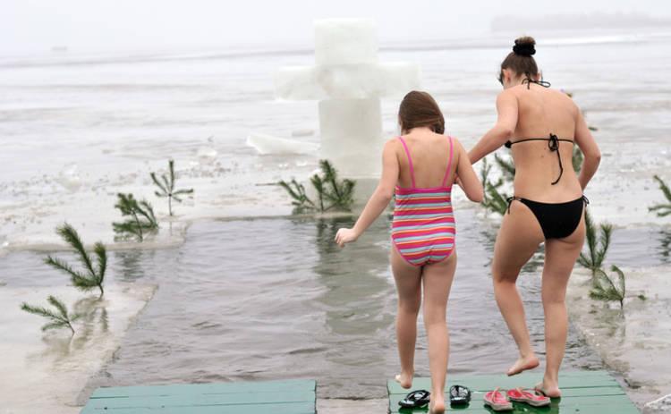 Крещение-2018: как правильно и где можно искупаться в проруби в Киеве