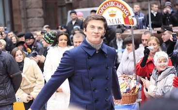Караоке на Майдане: смотреть выпуск онлайн (эфир от 12.02.2017)