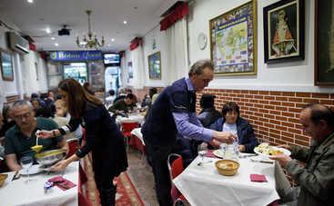 120 клиентов сбежали из ресторана, не оплатив счета