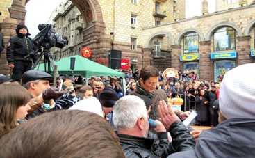 Караоке на Майдане: смотреть выпуск онлайн (эфир от 05.03.2017)