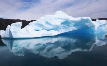Ученые раскрыли секрет зеленого льда в Арктике