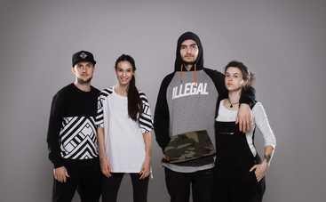 YARMAK вместе с женой-моделью запустил бренд одежды