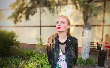 Слава Каминская поделилась обнаженным снимком супруга (фото)