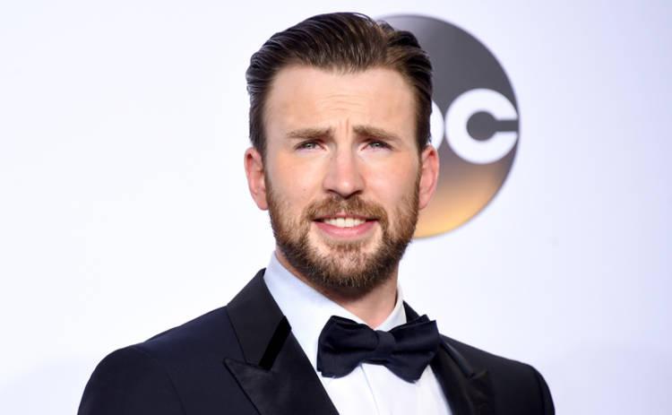 Крис Эванс продлил контракт со студией Marvel