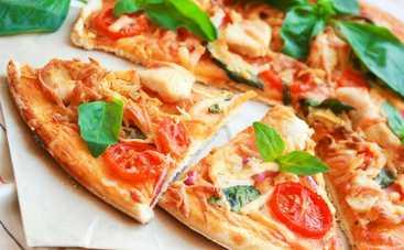 В США стали печь купальники из пиццы (фото)