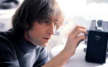 В США продают пластинку, которую Джон Леннон подписал своему убийце