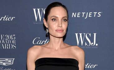 Анджелина Джоли закрутила новый роман и собирается рожать ребенка, - СМИ