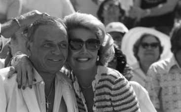 В США скончалась четвертая жена Фрэнка Синатры
