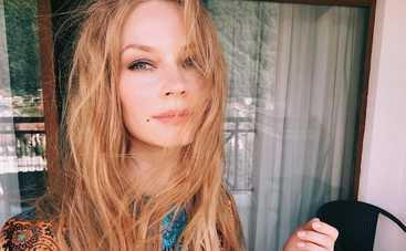 Светлана Ходченкова соблазняла поклонников снимками в купальнике