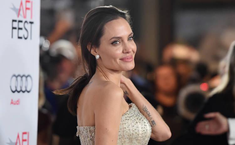 Анджелина Джоли рассказала, как справилась с жуткой болезнью