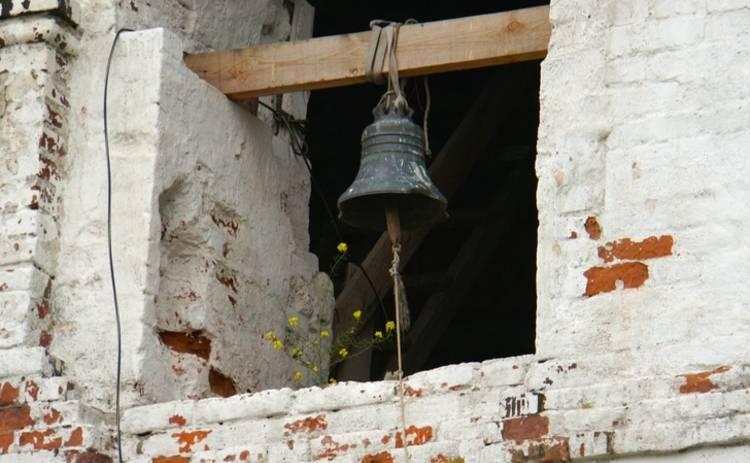 Российский певец сослал в монастырь собственную жену (фото)