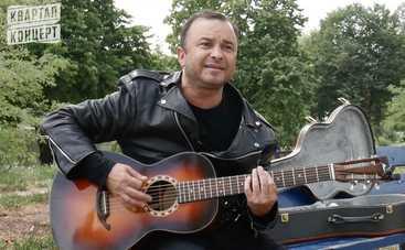 Виктор Павлик запел на испанском ради друга Стинга (видео)
