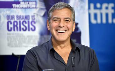 Джордж Клуни замучил соседей своей дружбой
