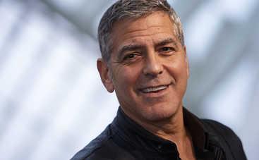 Джордж Клуни жестоко обошелся с коллегой