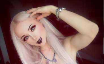 Одесская Барби показала лицо без макияжа