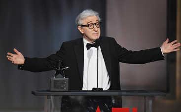 Вуди Аллен разделил Голливуд на два лагеря
