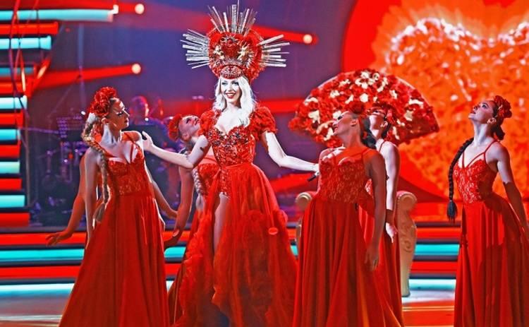Оля Полякова вернулась в танцевальный проект