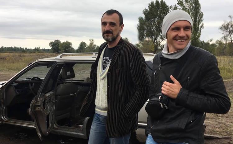 В Киеве повторили ключевую сцену фильма «Припутні» и сожгли машину