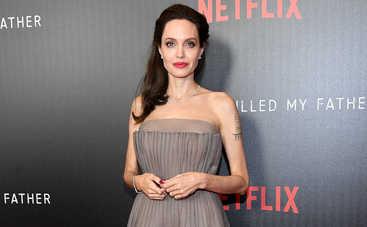Анджелина Джоли и украинка сняли мультфильм для взрослых