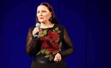 Дочь Нины Матвиенко показала, как мама виснет в воздухе