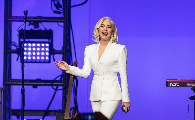 Леди Гага готовится к свадьбе
