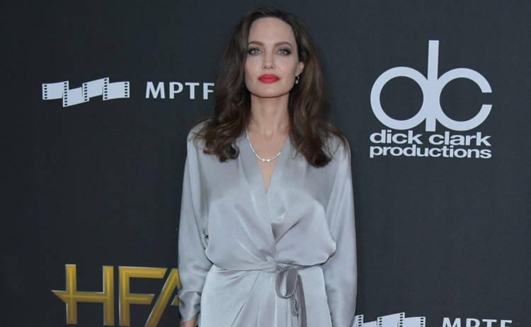 Анджелина Джоли готовится к свадьбе с бизнесменом