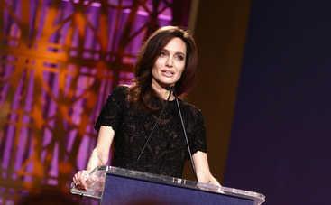 Анджелина Джоли призналась, как спасала брак с Брэдом Питтом