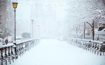 Сегодня Украину продолжит засыпать снегом