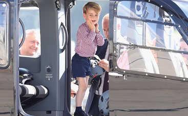 Почему принц Джордж все время носит шорты?