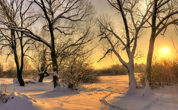 В пятницу в Украине будет солнечно, но прохладно