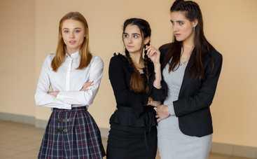 Школа: смотреть 3 серию онлайн (эфир от 15.01.2018)