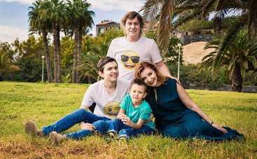 Актеры «Квартала 95» провели совместный семейный отпуск