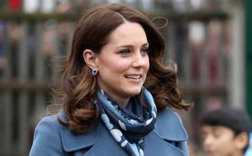 Почему Кейт Миддлтон никогда не снимает пальто?